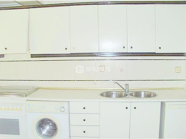 Cocina - Piso en alquiler en calle Samaniego, Nervión en Sevilla - 136678641