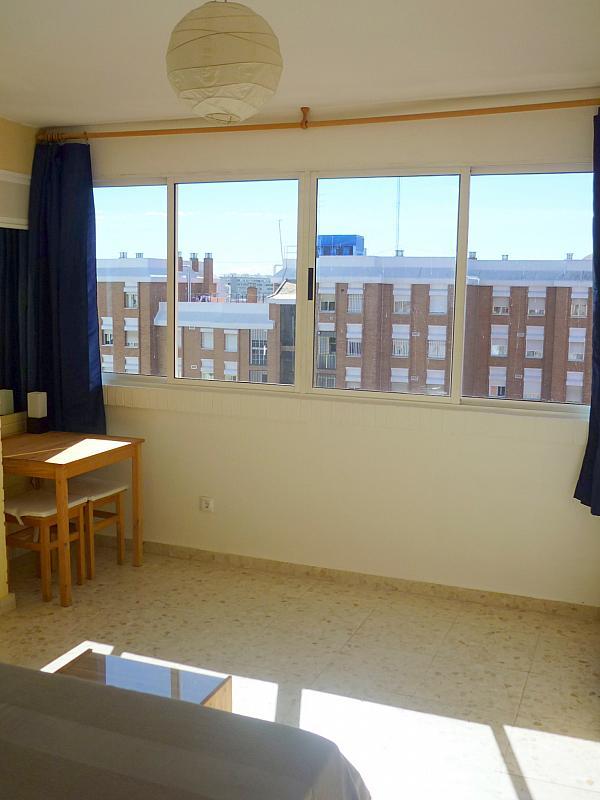 Dormitorio - Apartamento en alquiler en calle Marques de Nervion, Nervión en Sevilla - 138875287