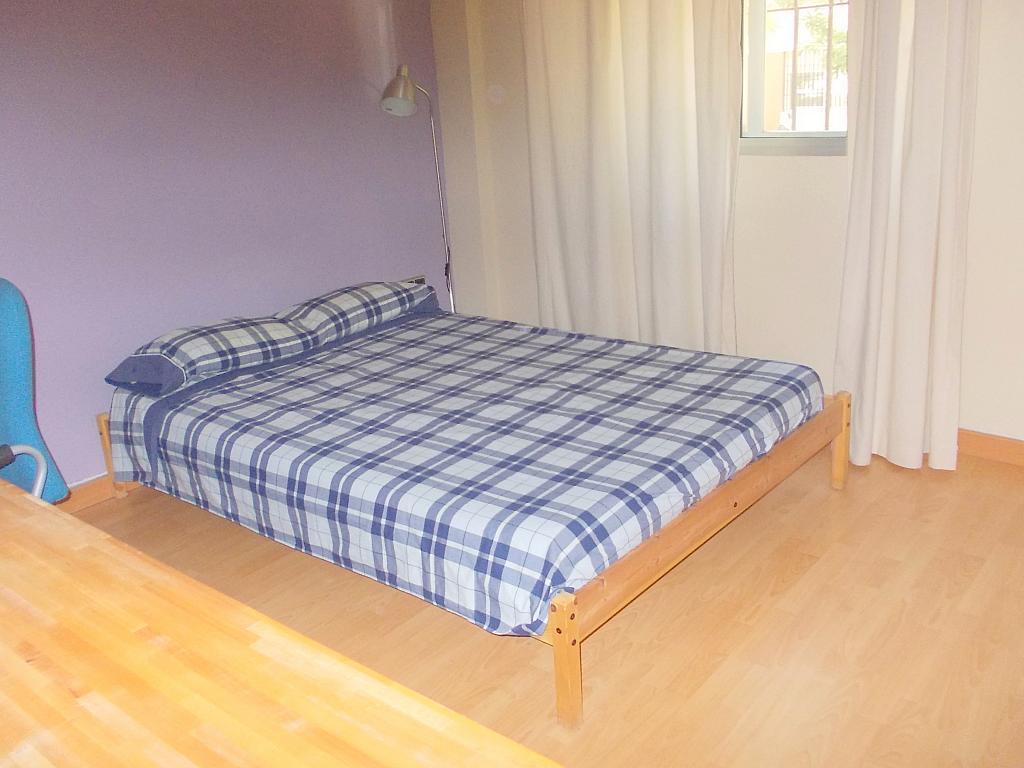 Dormitorio - Piso en alquiler en calle Juan Sierra, Nervión en Sevilla - 140516788