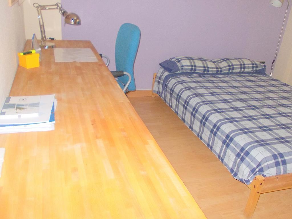 Dormitorio - Piso en alquiler en calle Juan Sierra, Nervión en Sevilla - 140516805