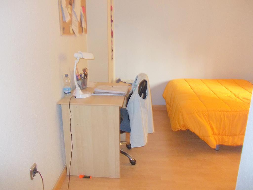 Dormitorio - Piso en alquiler en calle Juan Sierra, Nervión en Sevilla - 140517110