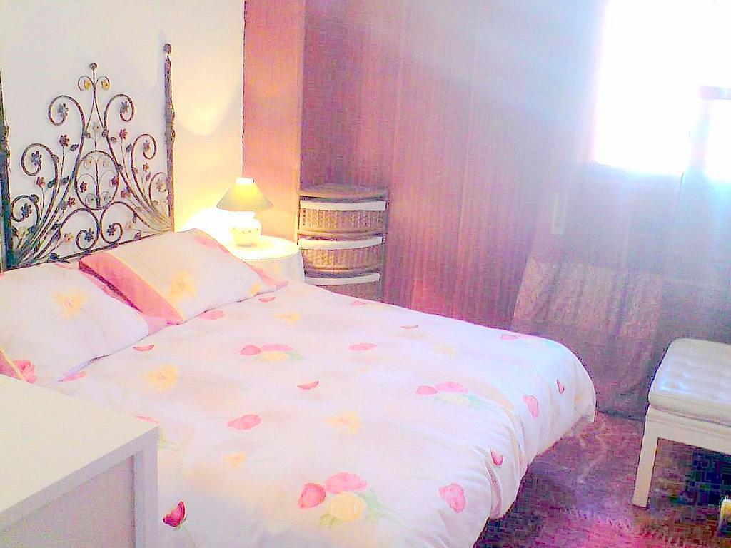Dormitorio - Apartamento en alquiler en calle Ramon y Cajal, San Bernardo en Sevilla - 140672951
