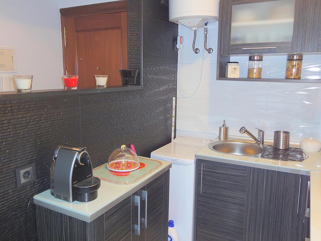 Cocina - Apartamento en alquiler en calle Alcalde Luis de Uruñuelas, Este - Alcosa - Torreblanca en Sevilla - 140683058