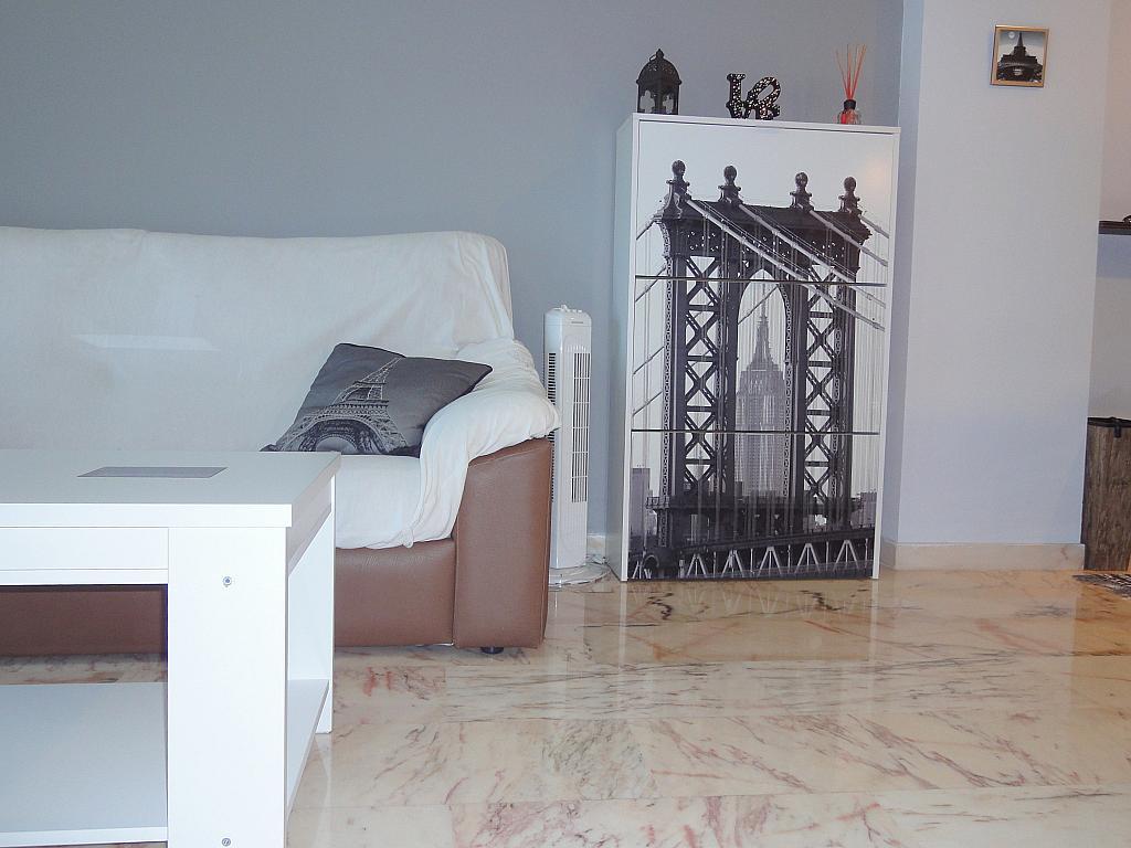 Salón - Apartamento en alquiler en calle Alcalde Luis de Uruñuelas, Este - Alcosa - Torreblanca en Sevilla - 140683300