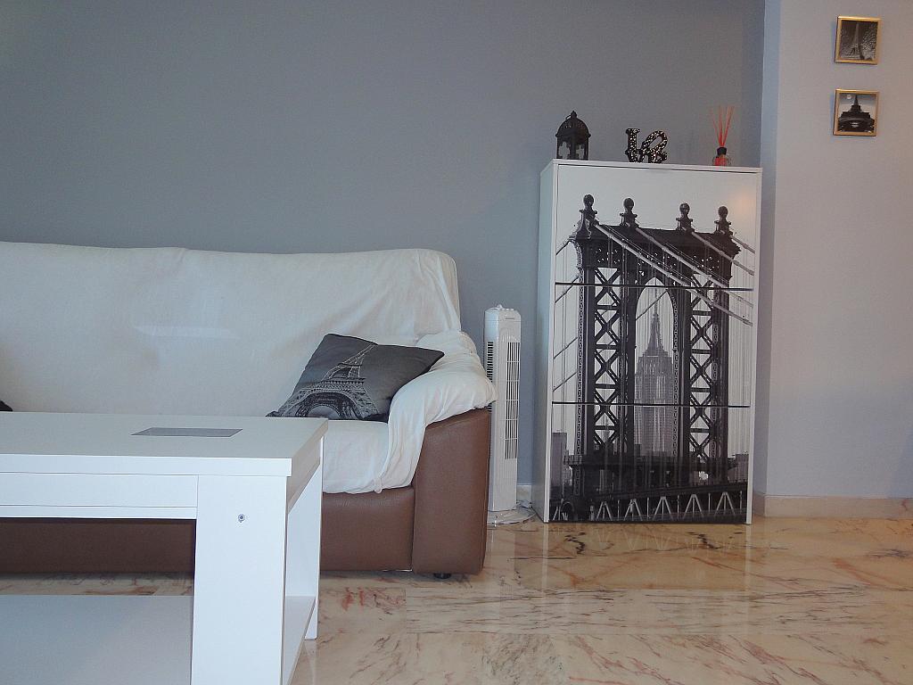 Salón - Apartamento en alquiler en calle Alcalde Luis de Uruñuelas, Este - Alcosa - Torreblanca en Sevilla - 140683380