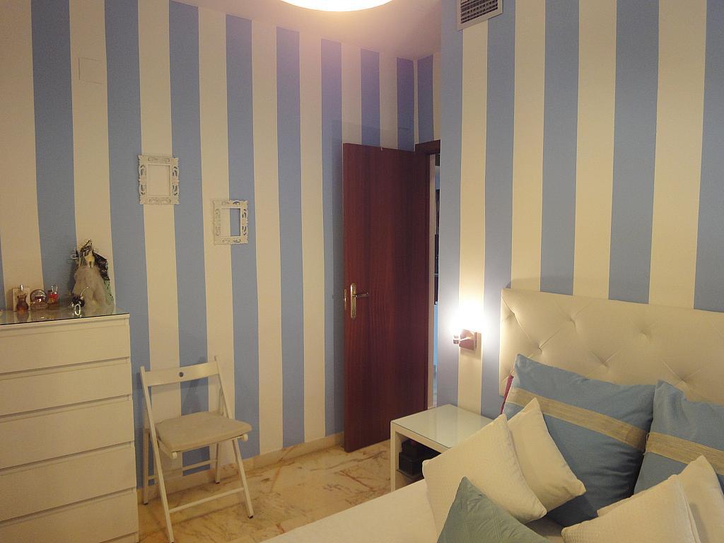 Dormitorio - Apartamento en alquiler en calle Alcalde Luis de Uruñuelas, Este - Alcosa - Torreblanca en Sevilla - 140683425