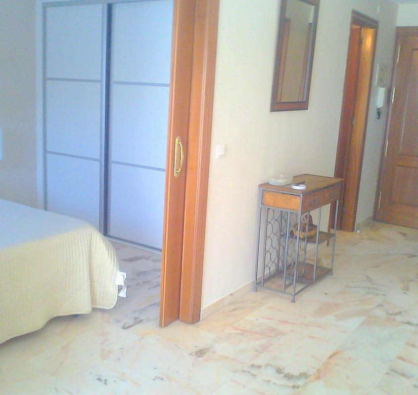 Detalles - Apartamento en alquiler en calle Alcalde Luis Uruñuelas, Av. Ciencias-Emilio Lemos en Sevilla - 141544412