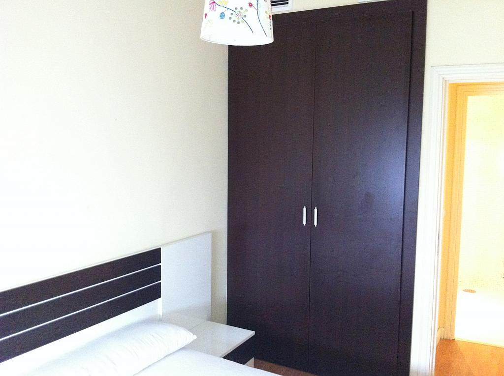 Apartamento en alquiler en calle Alcalde Luis de Uruñuelas, Av. Ciencias-Emilio Lemos en Sevilla - 143723660