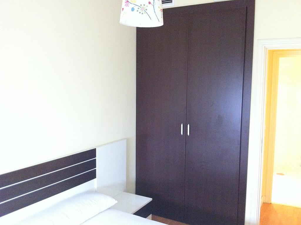 Apartamento en alquiler en calle Alcalde Luis de Uruñuelas, Av. Ciencias-Emilio Lemos en Sevilla - 143724302