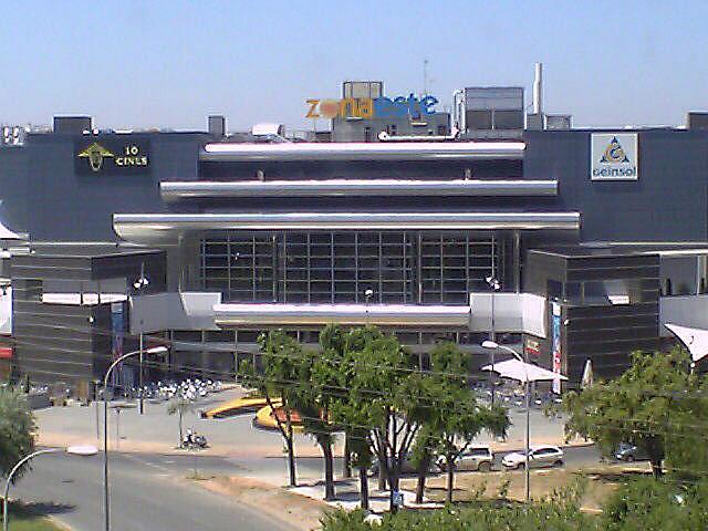 Entorno - Estudio en alquiler en calle Alcalde Luis Uruñuelas, Av. Ciencias-Emilio Lemos en Sevilla - 143729626