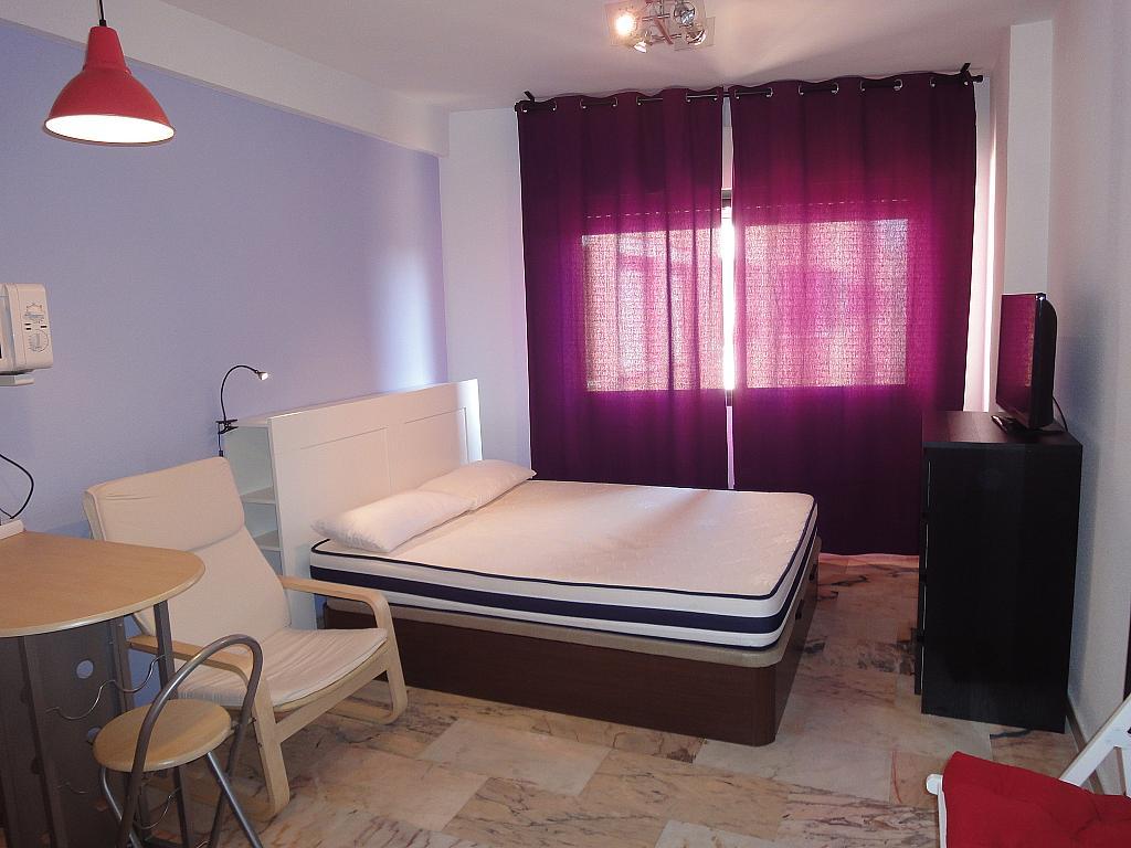 Dormitorio - Piso en alquiler en calle Alcalde Luis Uruñuela, Este - Alcosa - Torreblanca en Sevilla - 144569900