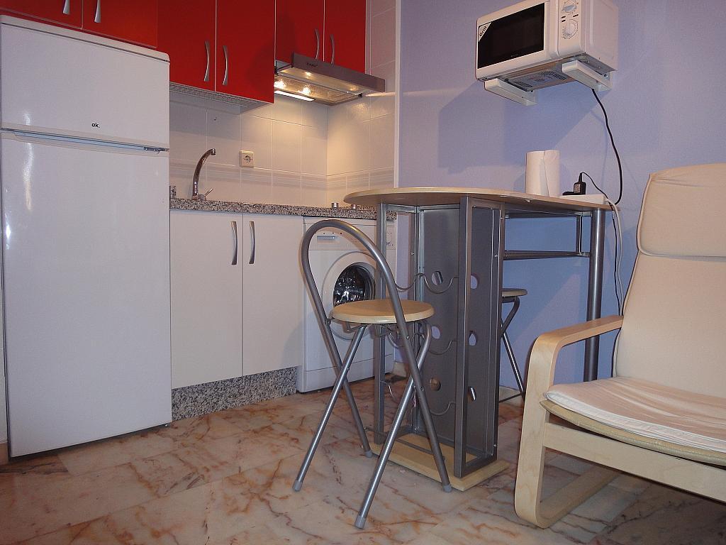 Cocina - Piso en alquiler en calle Alcalde Luis Uruñuela, Este - Alcosa - Torreblanca en Sevilla - 144569973