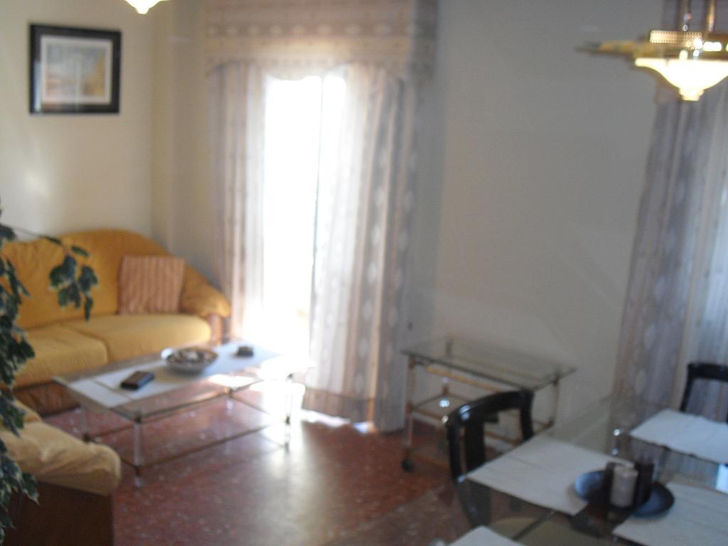Salón - Piso en alquiler en calle Cueva de Las Piletas, Este - Alcosa - Torreblanca en Sevilla - 145031545
