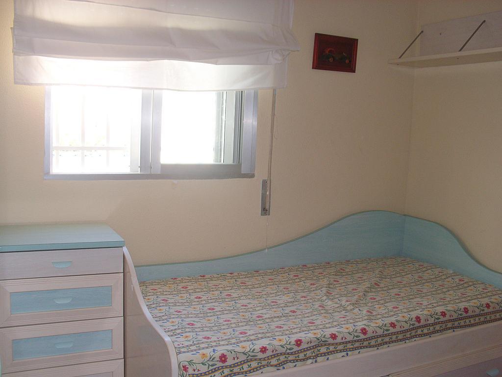 Dormitorio - Piso en alquiler en calle Cueva de Las Piletas, Este - Alcosa - Torreblanca en Sevilla - 145187957