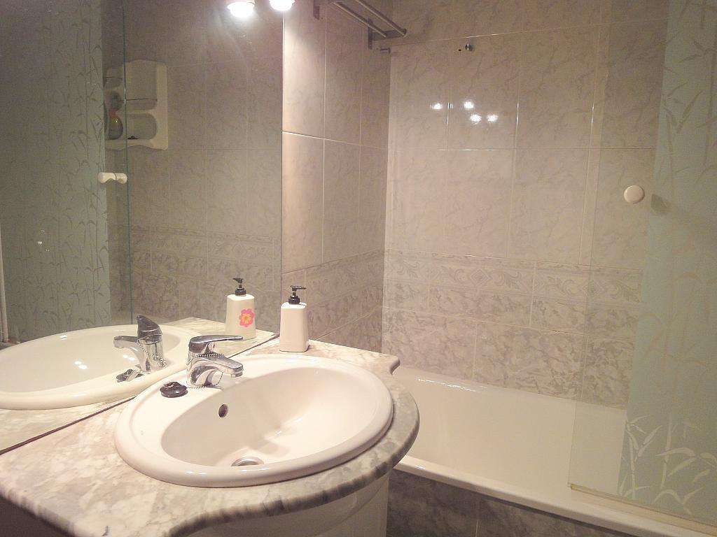 Baño - Piso en alquiler en calle Avd de Las Ciencias, Av. Ciencias-Emilio Lemos en Sevilla - 146403898