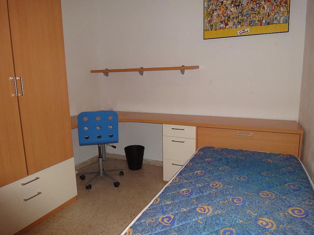 Dormitorio - Piso en alquiler en calle Avd de Las Ciencias, Av. Ciencias-Emilio Lemos en Sevilla - 146403933