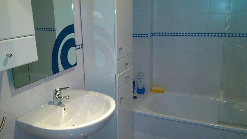Baño - Estudio en alquiler en calle Alcalde Luis de Uruñuelas, Av. Ciencias-Emilio Lemos en Sevilla - 150512737