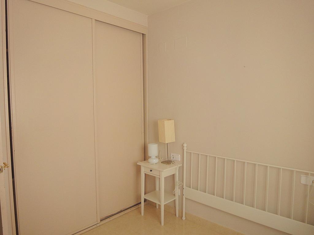 Dormitorio - Piso en alquiler en calle Goya, Nervión en Sevilla - 150843763