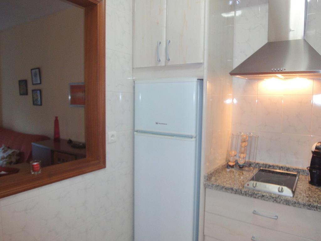 Cocina - Apartamento en alquiler en calle Alcalde Luis de Uruñuelas, Av. Ciencias-Emilio Lemos en Sevilla - 153950324