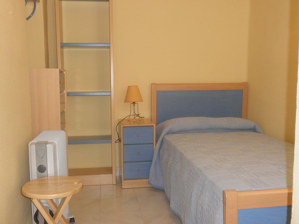 Dormitorio - Piso en alquiler en calle Espinosa y Carcel, Nervión en Sevilla - 154734862