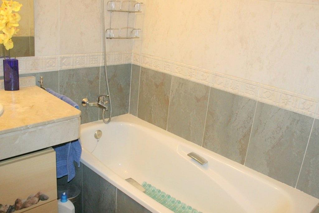 Baño - Piso en alquiler en calle De Las Ciencias, Av. Ciencias-Emilio Lemos en Sevilla - 155134877