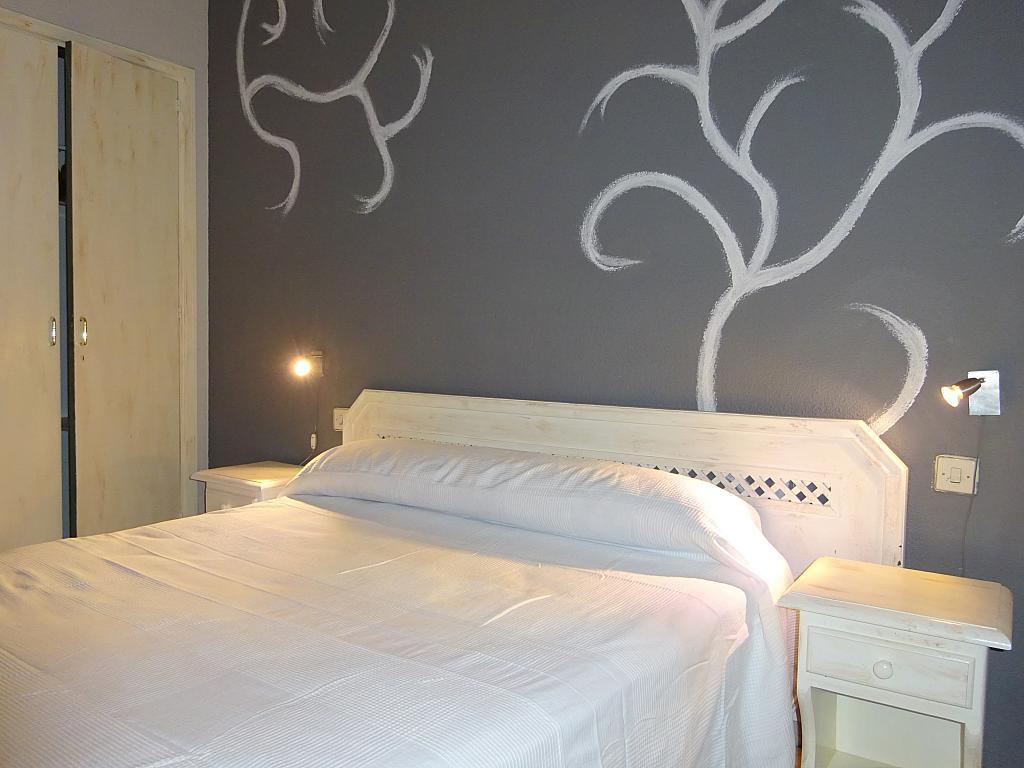 Dormitorio - Apartamento en alquiler en calle Alcalde Luis de Uruñuelas, Av. Ciencias-Emilio Lemos en Sevilla - 159387091