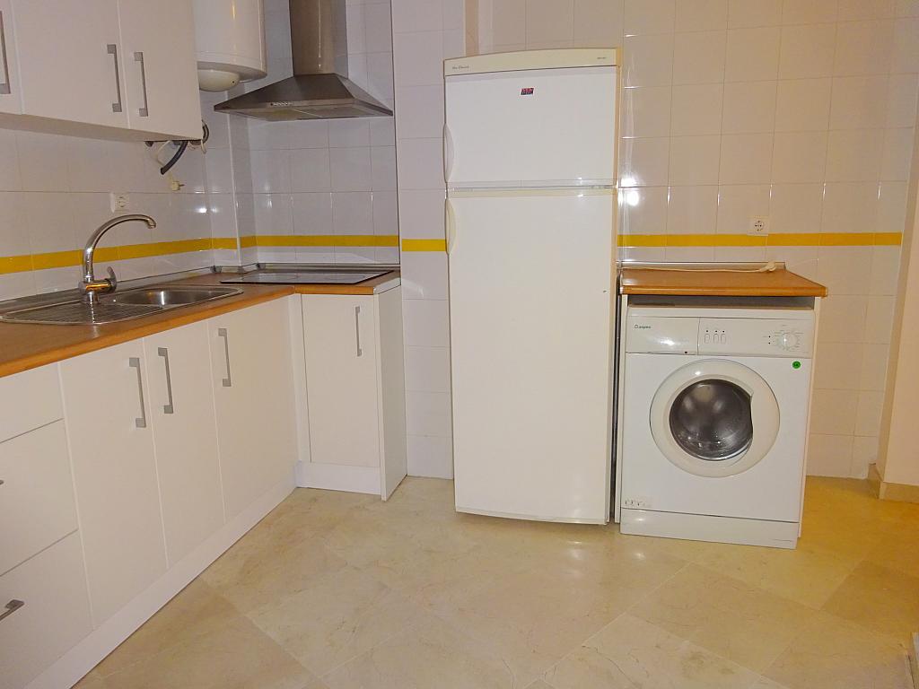 Apartamento en alquiler en calle San Luis, Feria-Alameda en Sevilla - 161541528