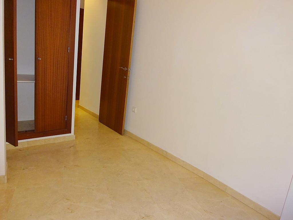 Dormitorio - Apartamento en alquiler en calle San Luis, Feria-Alameda en Sevilla - 161541625