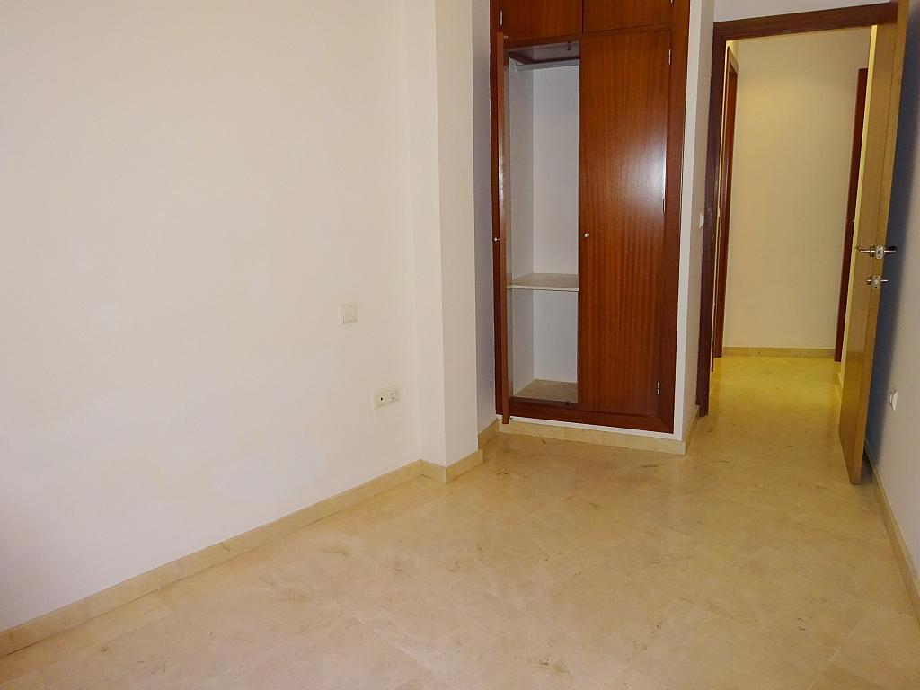 Dormitorio - Apartamento en alquiler en calle San Luis, Feria-Alameda en Sevilla - 161541667