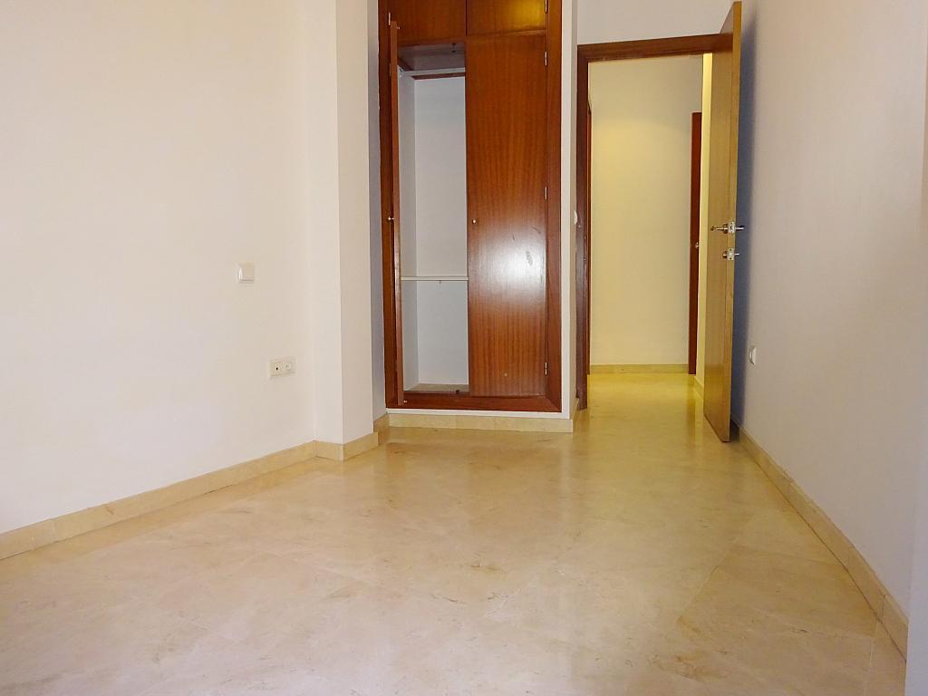 Dormitorio - Apartamento en alquiler en calle San Luis, Feria-Alameda en Sevilla - 161541692