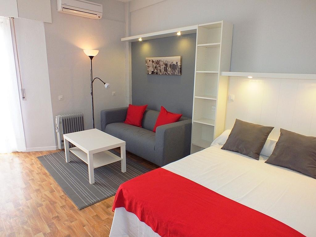 Dormitorio - Estudio en alquiler en calle Asuncion, Los Remedios en Sevilla - 162525557