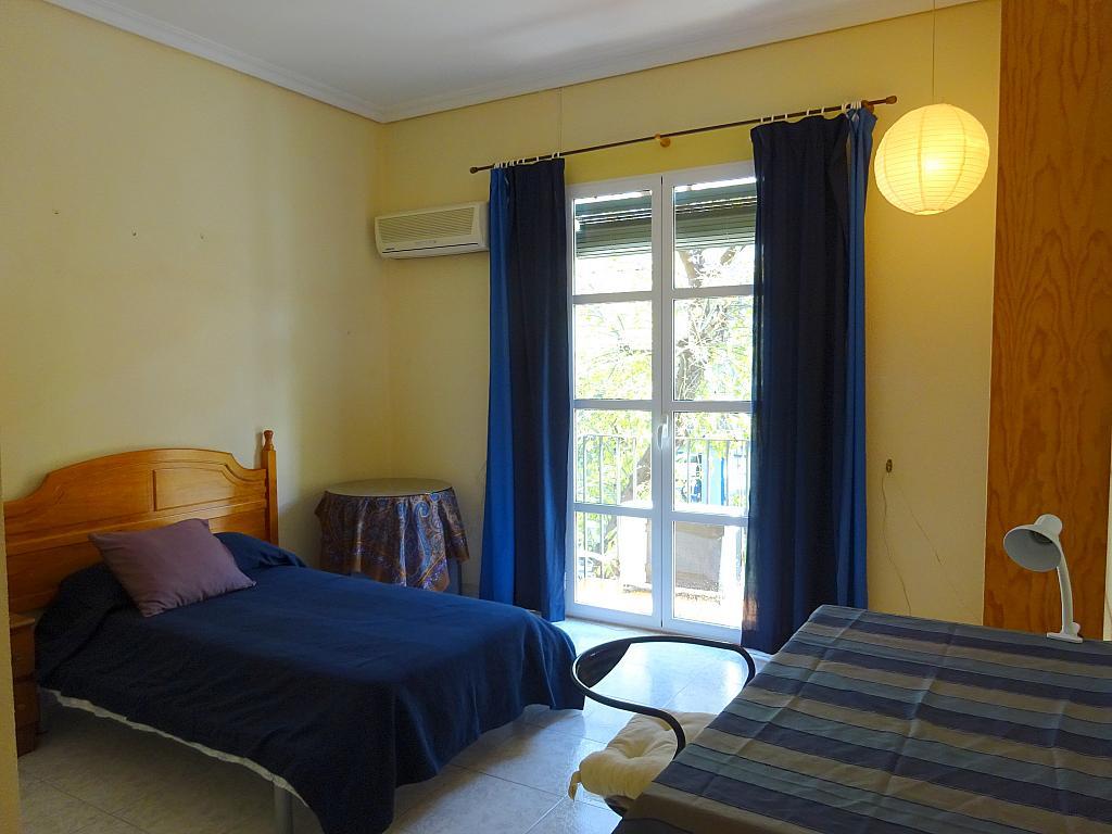Dormitorio - Piso en alquiler en calle Carmona, La Florida en Sevilla - 165063639