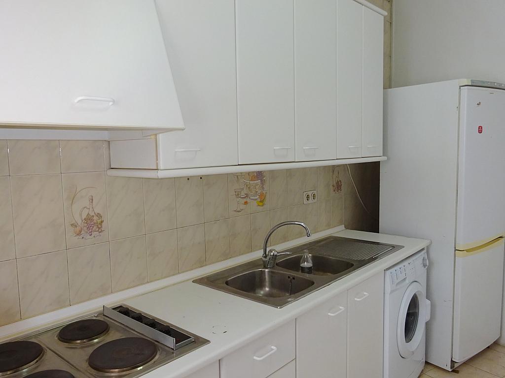 Cocina - Piso en alquiler en calle Carmona, La Florida en Sevilla - 165063898