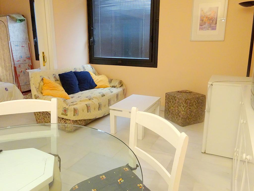 Salón - Apartamento en alquiler en calle Alcalde Luis Uruñuela, Este - Alcosa - Torreblanca en Sevilla - 166938438
