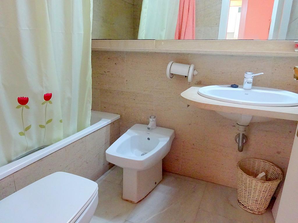 Baño - Apartamento en alquiler en calle Alcalde Luis Uruñuela, Este - Alcosa - Torreblanca en Sevilla - 166938542