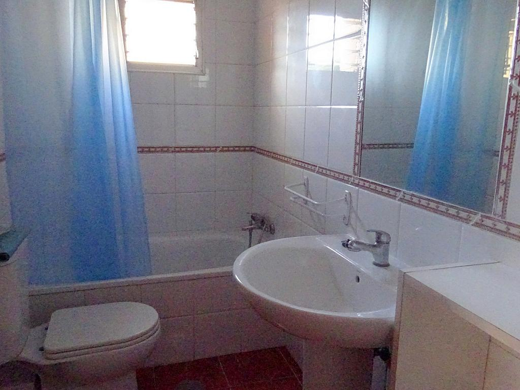 Baño - Piso en alquiler en calle Lopez de Gomara, El Tardón en Sevilla - 166958402