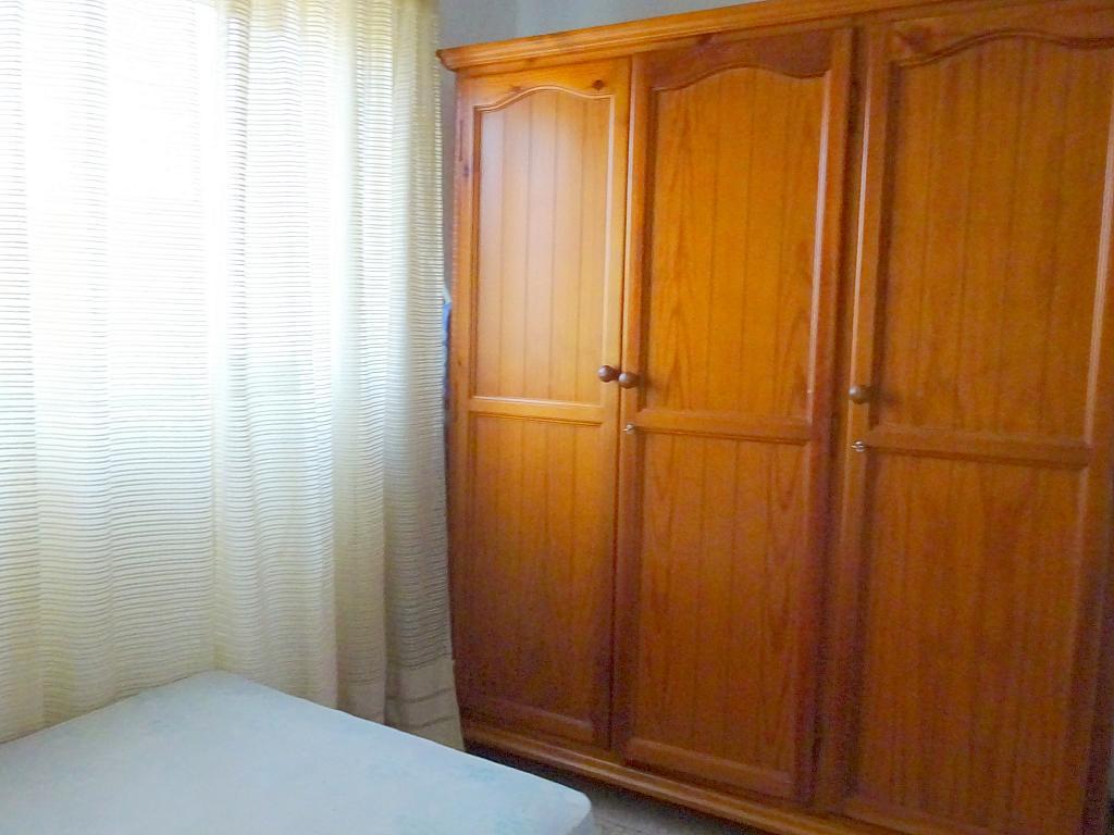 Dormitorio - Piso en alquiler en calle Lopez de Gomara, El Tardón en Sevilla - 166958528