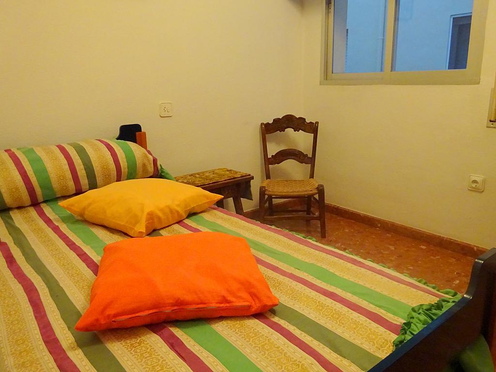 Piso en alquiler en calle Altamira, Entrepuentes en Sevilla - 167494792