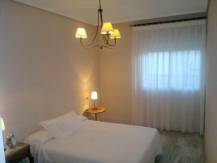 Dormitorio - Piso en alquiler en calle Marques de Nervion, Nervión en Sevilla - 168025154