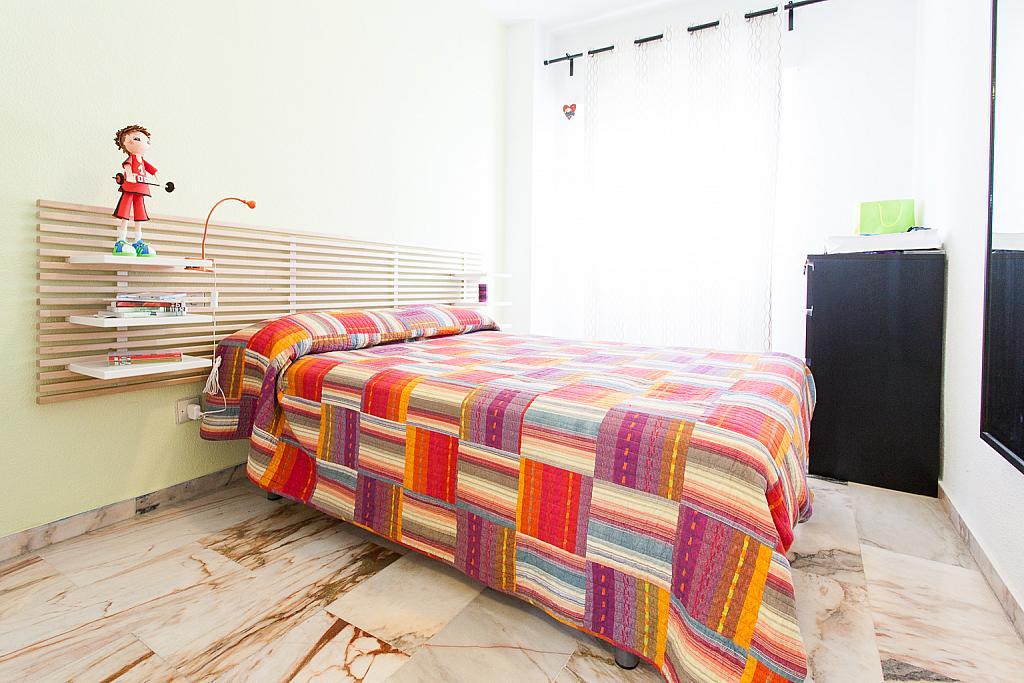 Dormitorio - Apartamento en alquiler en calle Alcalde Luis Uruñuela, Este - Alcosa - Torreblanca en Sevilla - 168730105