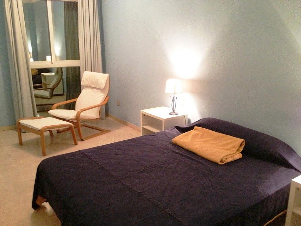 Dormitorio - Piso en alquiler en calle Menendez y Pelayo, Nervión en Sevilla - 169786269