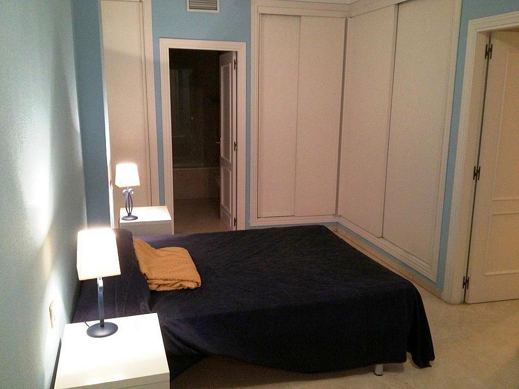 Dormitorio - Piso en alquiler en calle Menendez y Pelayo, Nervión en Sevilla - 169786276