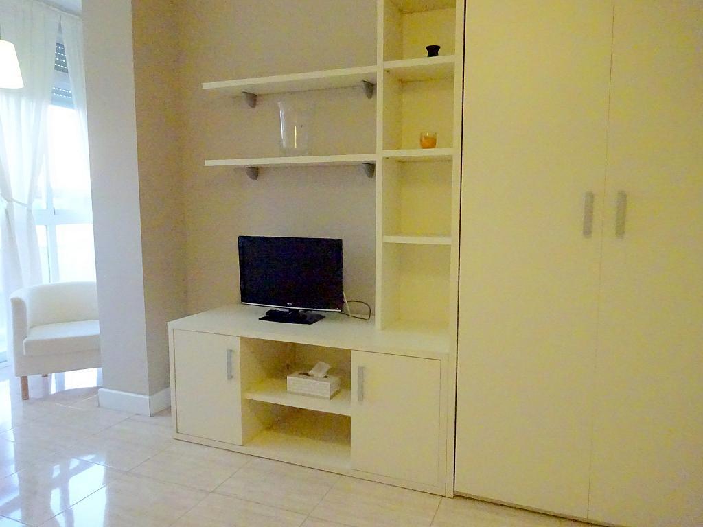 Dormitorio - Estudio en alquiler en calle Asuncion, Los Remedios en Sevilla - 169794448