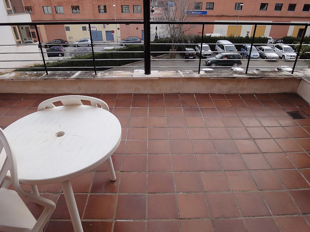 Terraza - Apartamento en alquiler en calle Alcalde Ouis de Uruñuelas, Av. Ciencias-Emilio Lemos en Sevilla - 171213198