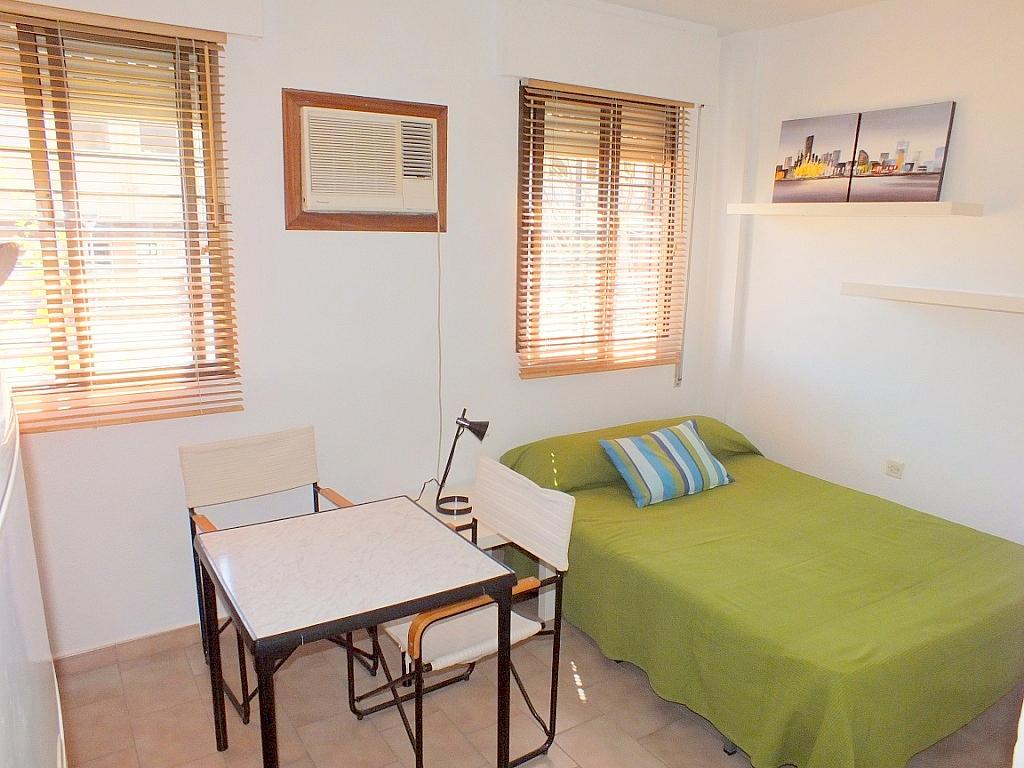 Dormitorio - Estudio en alquiler en calle Cardenal Illundain, El Porvenir en Sevilla - 171964651