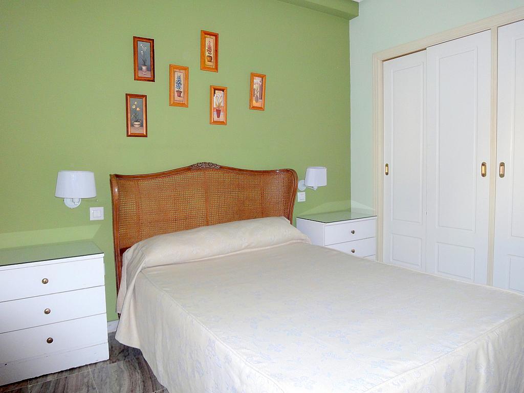 Dormitorio - Piso en alquiler en calle Alcalde Luis Uruñuela, Este - Alcosa - Torreblanca en Sevilla - 174011787