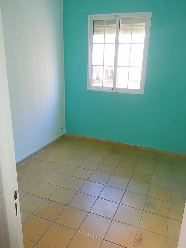 Dormitorio - Piso en alquiler en calle Ramon y Cajal, Nervión en Sevilla - 183393049