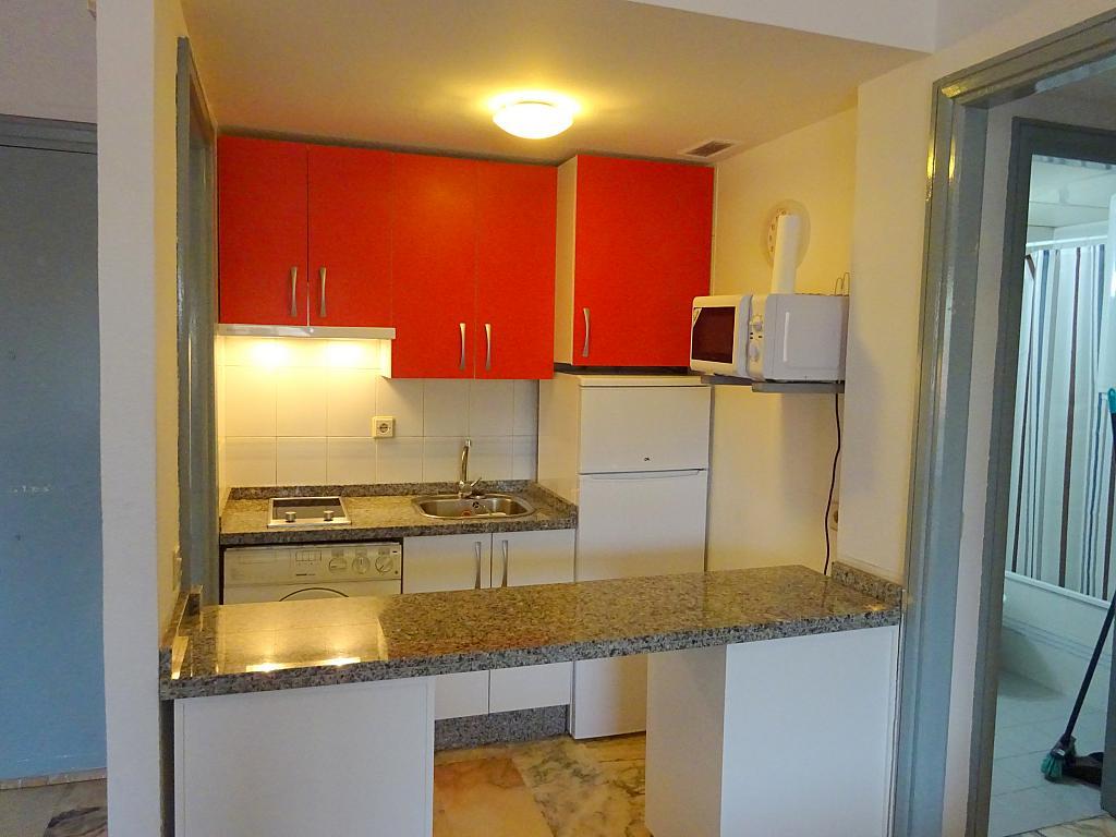 Cocina - Apartamento en alquiler en calle Luis Uruñuela, Este - Alcosa - Torreblanca en Sevilla - 182617008