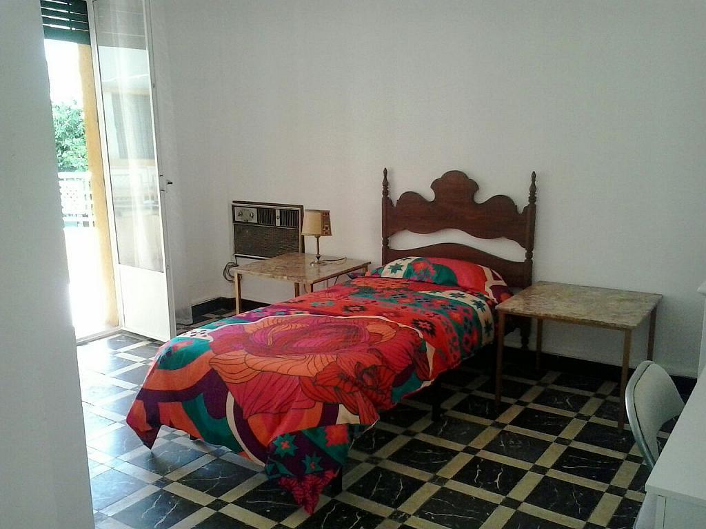 Dormitorio - Piso en alquiler en calle Eduardo Dato, Nervión en Sevilla - 183742806