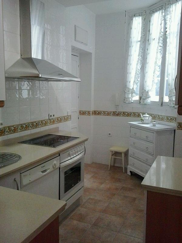 Cocina - Piso en alquiler en calle Eduardo Dato, Nervión en Sevilla - 183742875